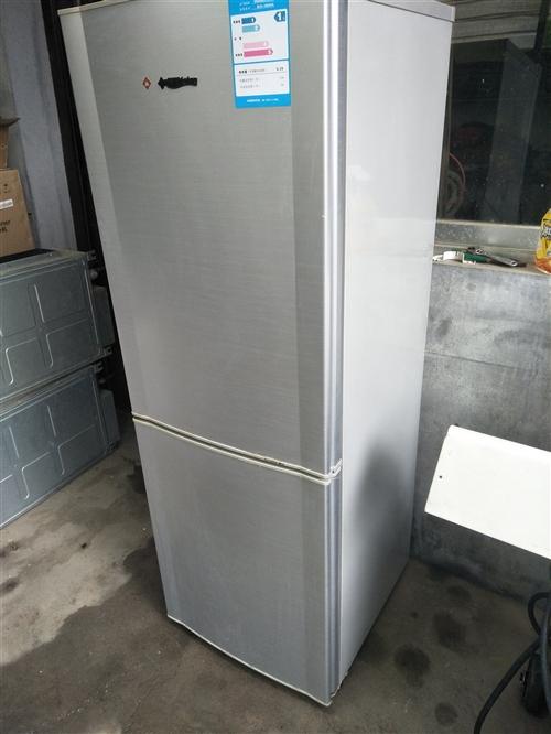 美菱家用电冰箱 成色如图 原装机 无拆无修 看上的联系