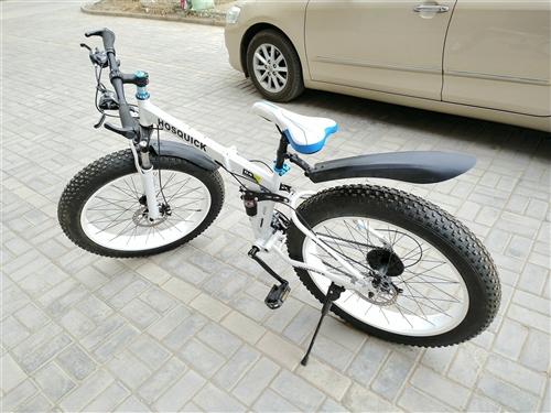 越野折叠自行车9.9成新,只骑过1次,因为买了车一直在车库闲置,可以在沙子里骑,同城可自取,其他地区...