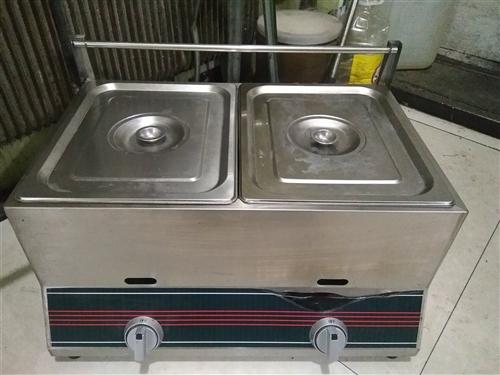 双缸燃气炸锅,用了三天,一个灶头全新,260元出售,电话18249888471