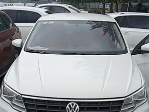 准新车,大众捷达2019手动时尚版,铝合金轮毂,不到2500的公里数,保险未到期,首付5100,月供...