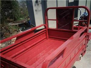 儋州市那大出售全新三轮车,车都是新的,1.5x1米1车厢60v20安,那大原价3900现在低价出售3...