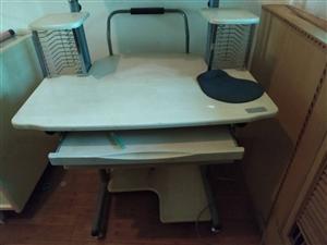 电脑桌,上下三层,结实耐用!