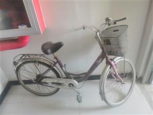 新东城闲置自行车一辆,要的便宜拿走。