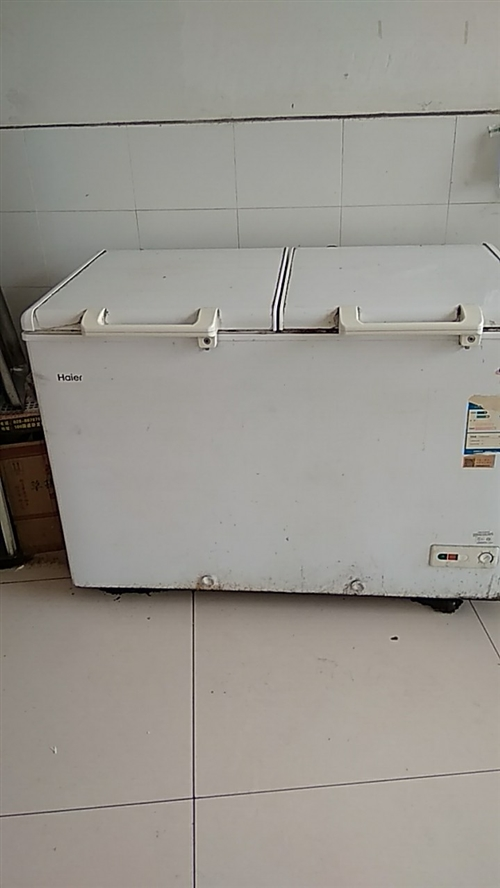 邛崃卧龙,出售冰柜一台,一边冷藏一边冷冻,半成新