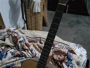 雅马哈f600八成新  琴弦断了一根有配弦