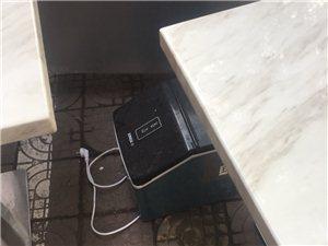 奶茶店不做了所有东西低价处理了操作台冰柜桌子凳子烧水器消毒柜冰淇淋机制冰机电磁炉
