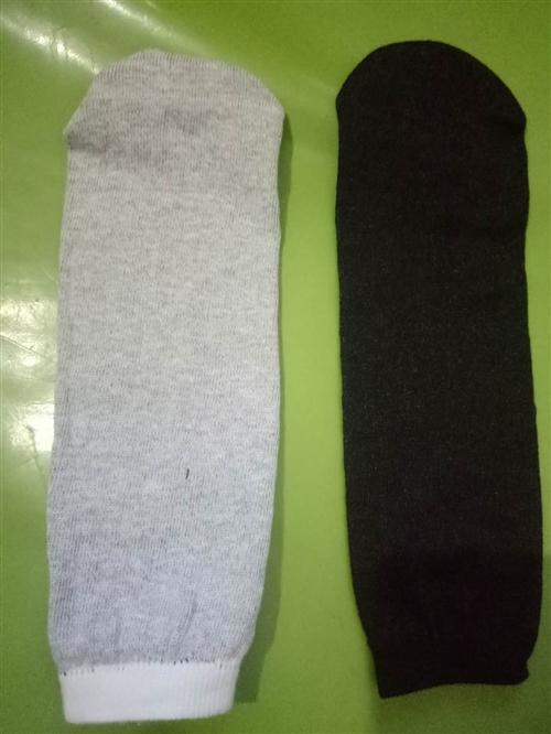 出售批發襪子黑白純棉線的別的顏色也有詳細電話詳細電話微信聯系,電話與微信同步18810964956