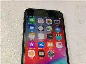 苹果7代32g亚光玄色,国行三网通用,成色好,价钱优惠,备用机首选