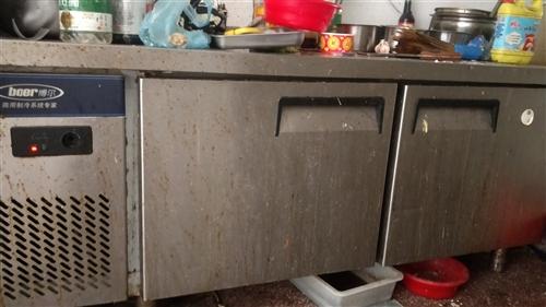 操作台式冰柜1800*600,烧烤净化机加燃气烧烤炉,吸油烟机破烂价800