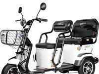 低价出售,全新小巴士电动三轮车,电话15006873533