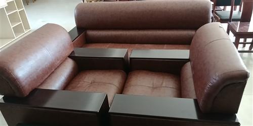 9.9成新办公用品皮质沙发