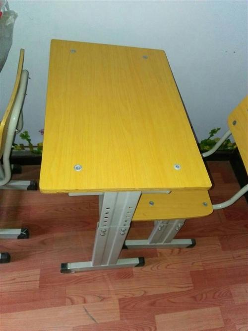 出售二手学生桌,九成新