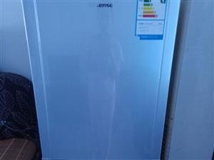 出售冰箱一台