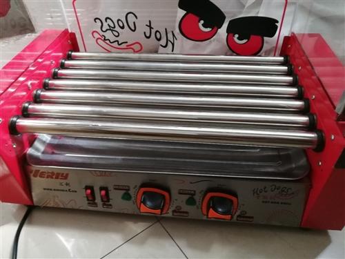 烤肠机一台,买来就用了一次,现在闲置,在古街门头上。有想要的联系15866501105