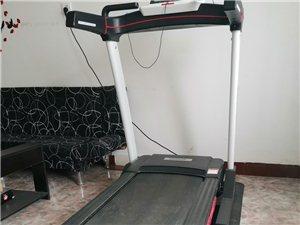 限于德令哈市交易,rebook的正品跑步機,買來沒用過幾次,原價3980,現在只要1500,要的從速