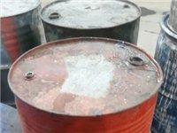求購200升的舊鐵桶1000個,噸桶120個,藍皮桶1000個,有資質,可開聯單,完成環保手續。中介...