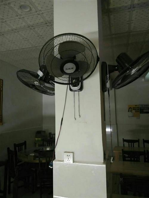 餐馆设备处理,打荷台,方桌,圆桌,冰柜等,有需要的请联系18958224986,地址:杨家坝