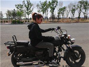 钱江太子摩托车,上不了车牌 喜欢你就骑走。 15584878989张先生