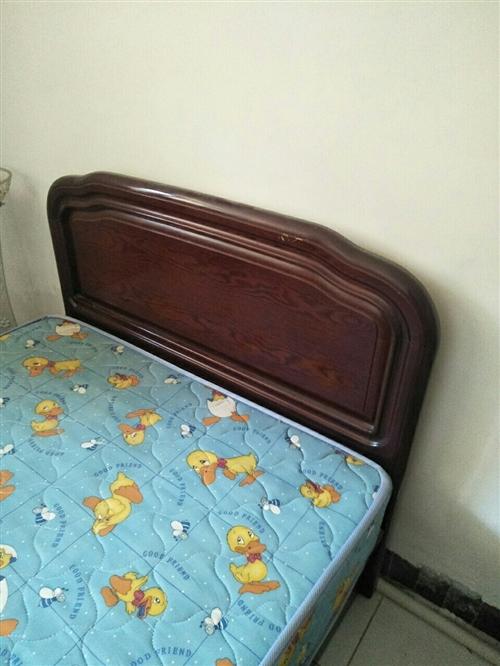 1.2米实木床500元