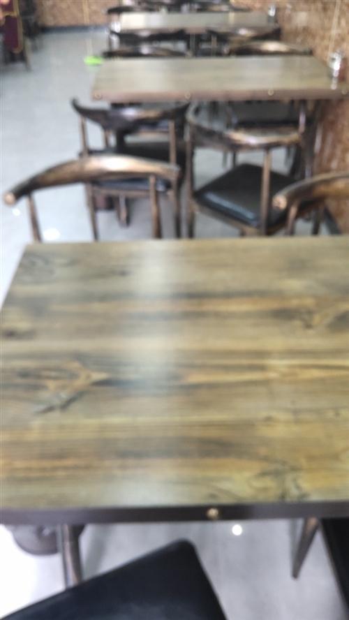 九套桌椅店开了4个月,和新的没区别,需要者联系