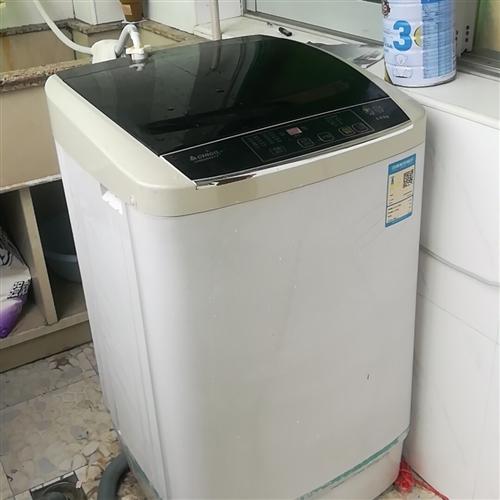 志高波輪洗衣機,8kg洗容量,不銹鋼內筒,用了一年半,搬家不愿意帶,租房的帶去隨便用用吧,自提不送貨...