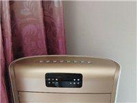 艾美特空调扇,99新。没有包装。冰晶都在。说明书发票齐。 朝阳海达买的,原价865。 仅支持上门...