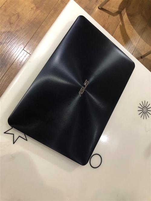 华硕笔记本电脑 新旧程度:购于2016年。买回来很少用所以一直保持的很好!充电器  原装的。九成新。...