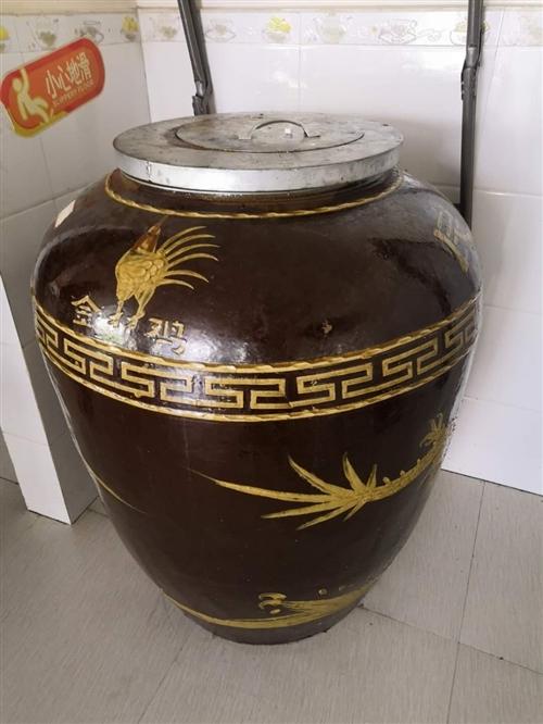 煲汤瓦罐,标准尺寸9.9成新,需要的联系,烧木炭的