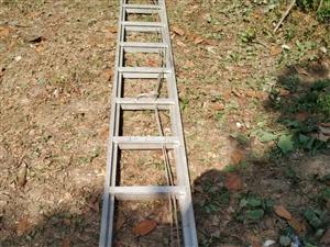 本人出售�魏辖鹕炜s梯一��,能升到7米多高,有需要的�系我。非�\勿�_