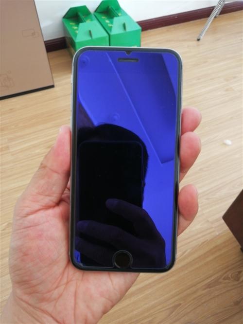 64G星空灰iphone6,32G玫瑰金iphone7售價1300,6s換過電池,7無拆無修!聯系電...