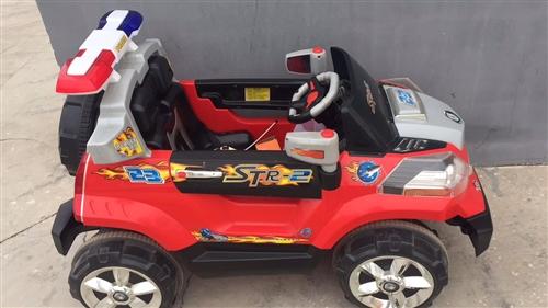 现出售一辆九成新儿童电动汽车,电池是新换的,全新,可遥控可自己开,买回来孩子不坐所以一直闲置,车况良...