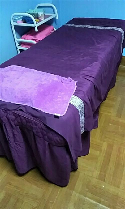 美容床80*2米   300元兩張8-9成新 鶴山富華路122號送四件套