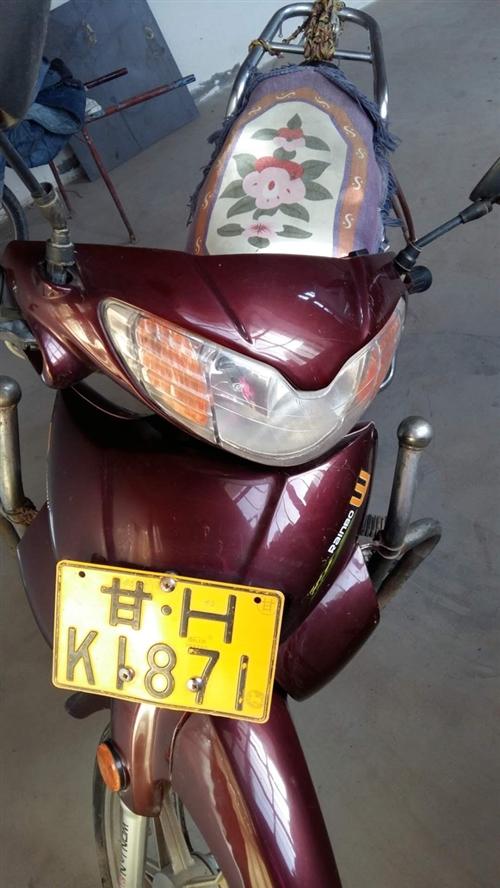 二手鈴木摩托車出售,9成新,歷程11000公里,涼州區羊下壩鎮五溝村看車