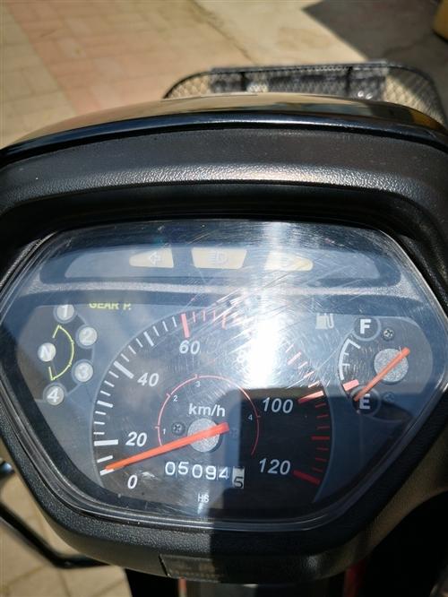 豪爵弯梁110一台,2012年八月上牌,因2013年买了轿车,一直没怎么骑,目前只骑了5000多里。...