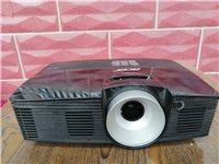 宏基投影仪d600,1900买的,九成新,现出售500元,联系电话13305497315