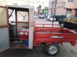 央視上榜品牌助力三輪車,原版原漆,嘎嘎板正,本車配有車棚,三條輪胎全新,適合做小買賣。