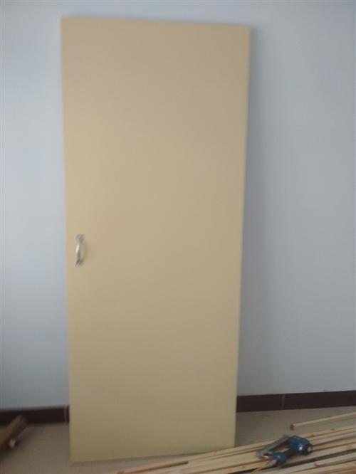 买新房拆下的门,共四扇,太阳城东付村社区