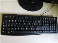 出售一台台式电脑,办公完全没问题,因自己有台笔记本所以卖掉,一口价,600,不还价,你觉得值你就来,...
