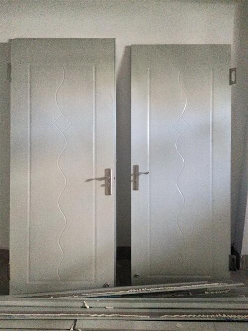 本人有全新卧室门三个、卫生间门一个、马桶一个、洗脸池一个、洗菜池一个,全部为买房时自带的。因现在要装...