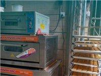 低价转让饼干店,设备加技术,欢迎有意者咨询与来电。