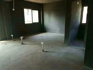 永久绿洲豪庭4室 2厅 2卫131万元