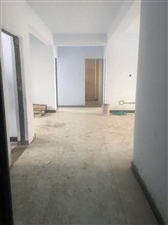 沙固社区三室两厅一卫130平方电梯大三居