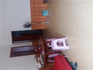 海阔天空3室 2厅 1卫2000元/月