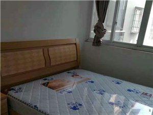 碧水河畔3室 2厅 2卫1400元/月