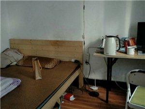 梅岩小区2室 1厅 1卫61万元