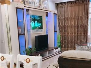 惠邦对面3室 2厅 1卫3000元/月