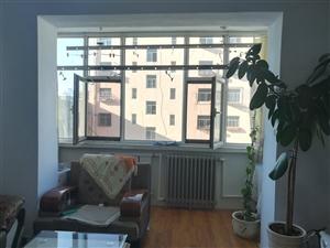 欧式街 4楼 2室1厅1卫 24.5万元