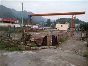 张家坝加油站旁边场地出租。