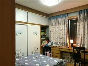 月山路3室 2厅 2卫145万元