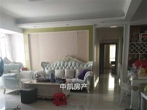 阳光城精装高层  3室 2厅 2卫215万元